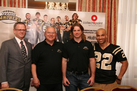 René Hána (partner) John Shrholec (HC) Jackob Shrum (QB) Clinton Graham (RB)
